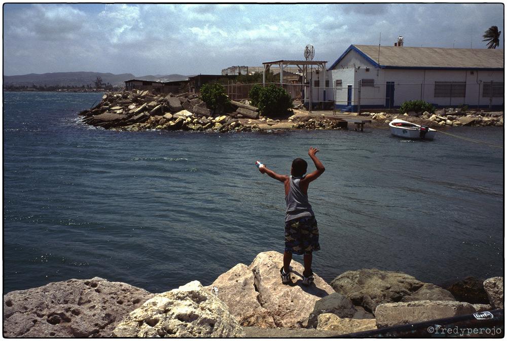 1997_boy_fishing_ponce_puerto_rico_fp_1000