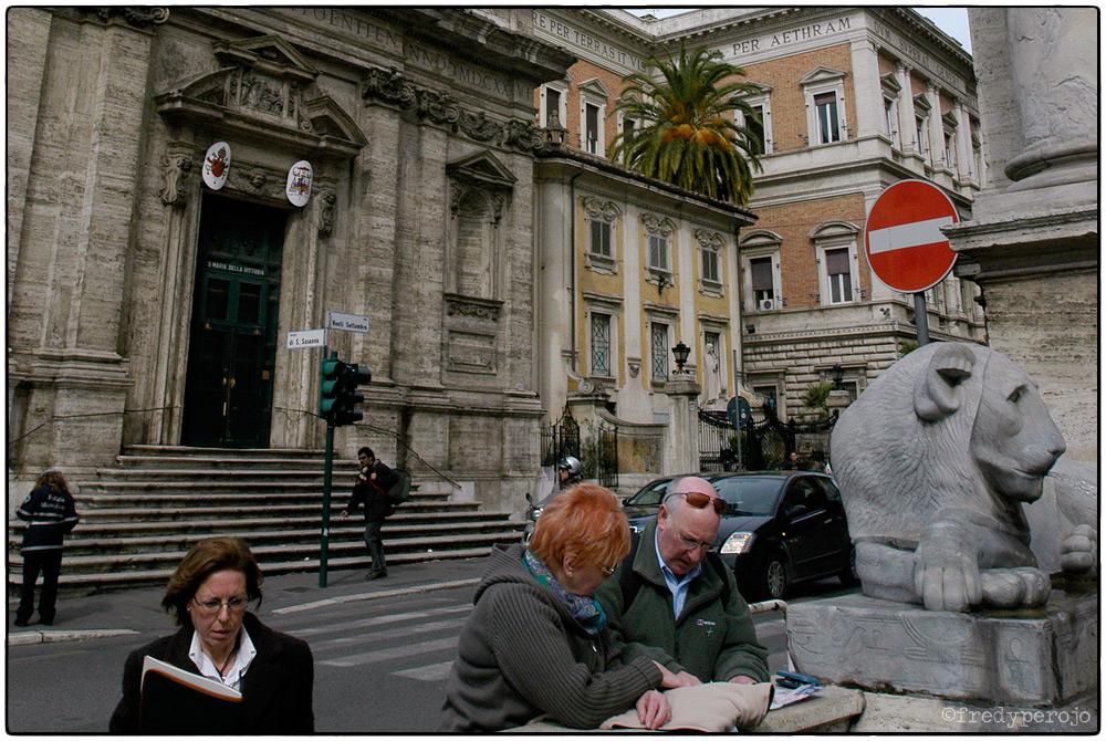 2008_rome_street_corner_fp_1000